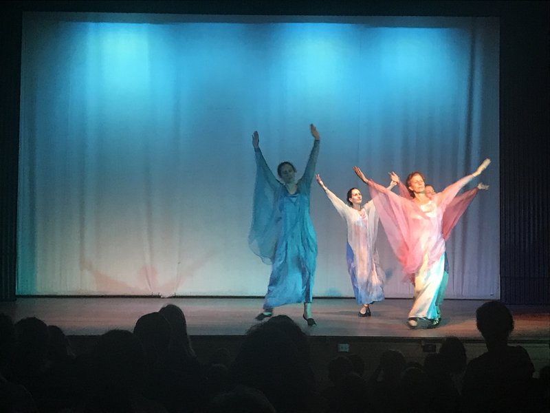 Clair (centre, in green) in the 2018 Glenaeon High school Eurythmy Performance with Liz Nevieve and Josephine Porteos
