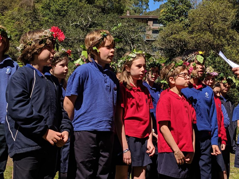Class Four performed three German songs