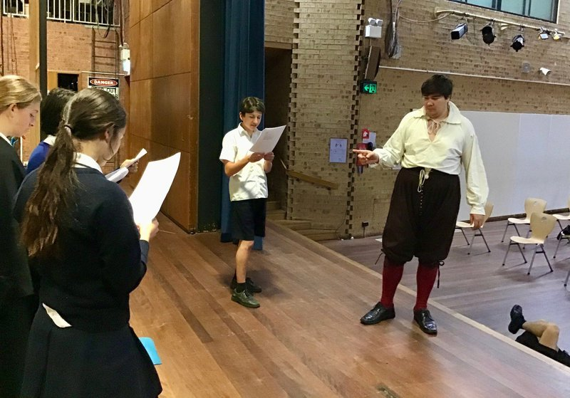 Year 9s and 10s Play the Bard