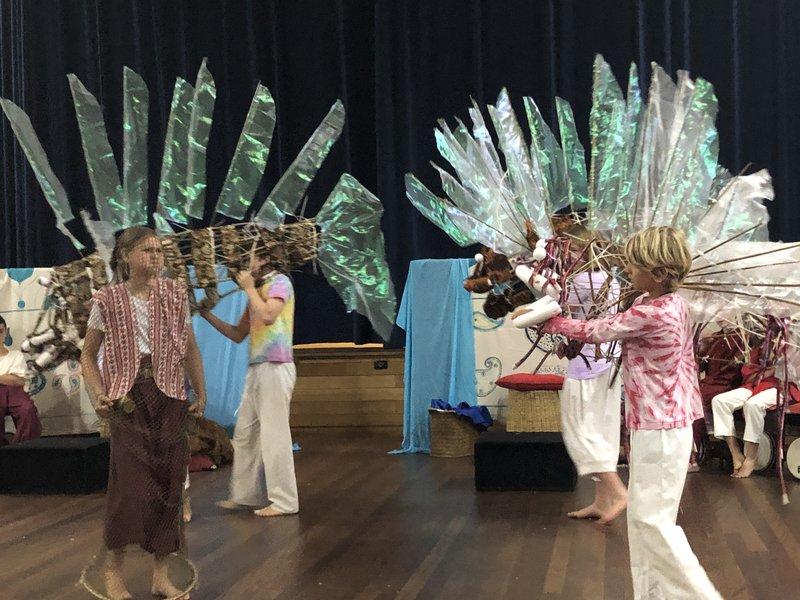 Class 6 perform Aladdin