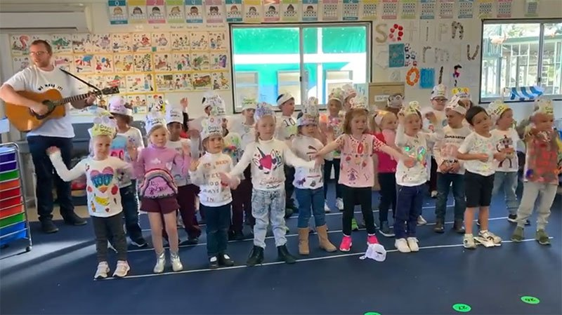Kindy finishing their special day in song
